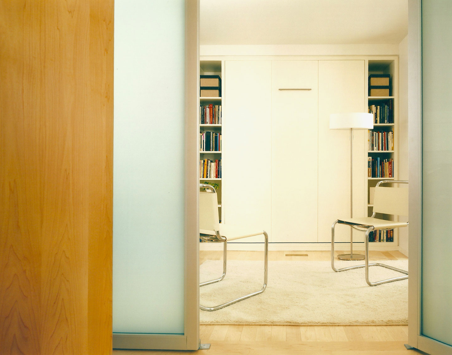 A Medium Apartment in New York © Catherine Tighe
